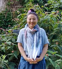 Artist Yang Zhaohui, Yang Zhaohui artwork, China contemporary art, original artwork, original painting, Chinese robe, still life